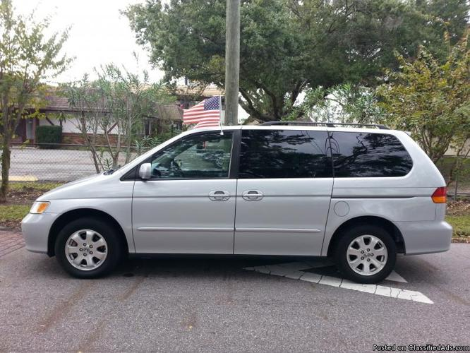 2002 Honda Odyssey EX *Two Owners*