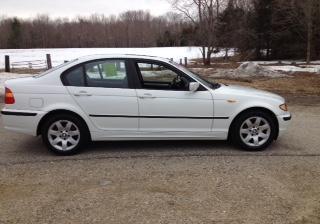 2004 BMW 325xi Sedan *White w/Black leather*