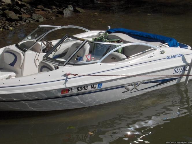 2004 Glastron 17' Runabout