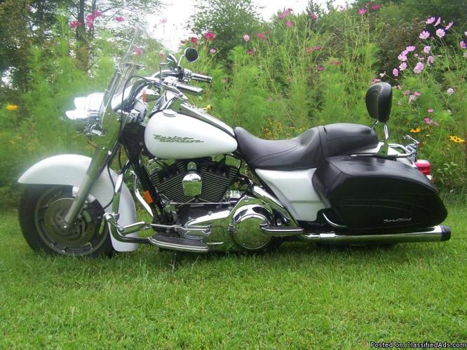 2007 road king custom FLHRS