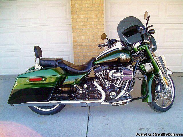 2014 Harley Davidson FLHRSE CVO Road King