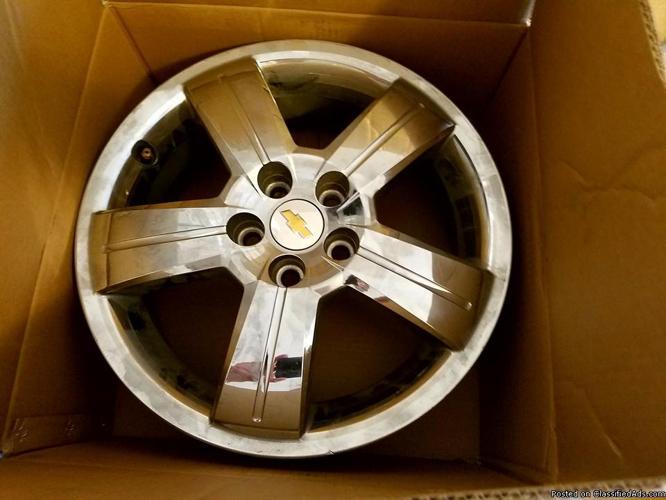 4 Used Chevrolet HHR Chrome Wheels