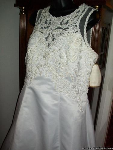 ALFRED ANGELO VINTAGE RARE WEDDING GOWN PLUS SIZE 16 Seed Beads,Crystals WHITE