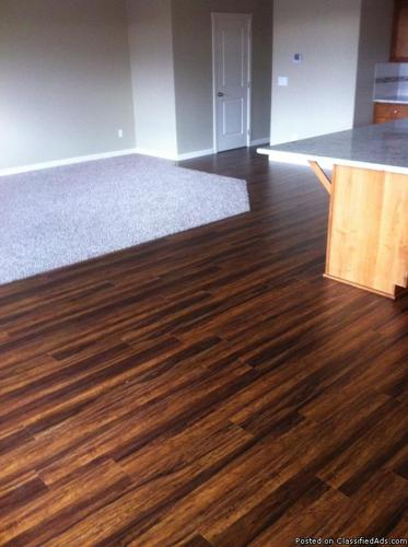 Balinese Rosewood Laminate 172 sq ft