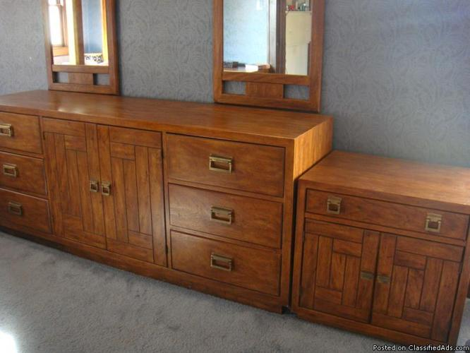 drexel heritage oak bedroom set excellent condition price 1 100