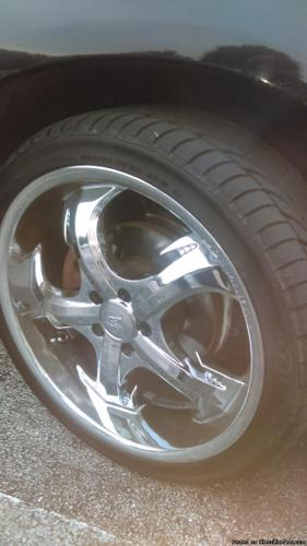 Full 20ich rims set with good tires