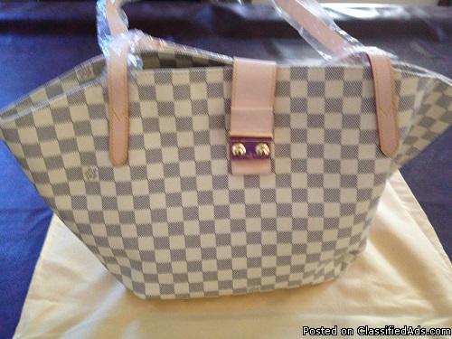 Louis Vuitto Salina GM Handbag