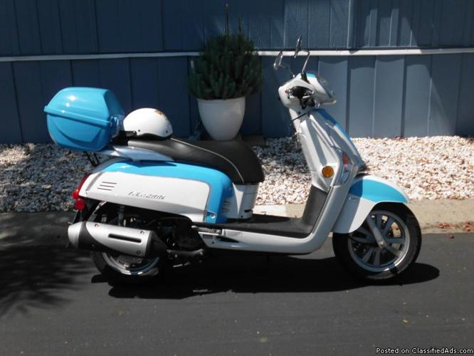 scooter, kymco, like 200i, 170cc, two tone, blue white , low mileage, two seater