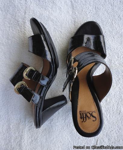 Sofft womens sandals black slip on heels