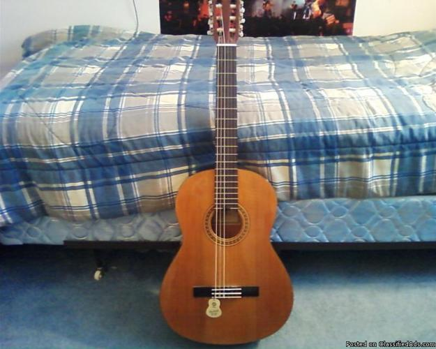 Used CG-111C classical guitar for low price - Price: $110