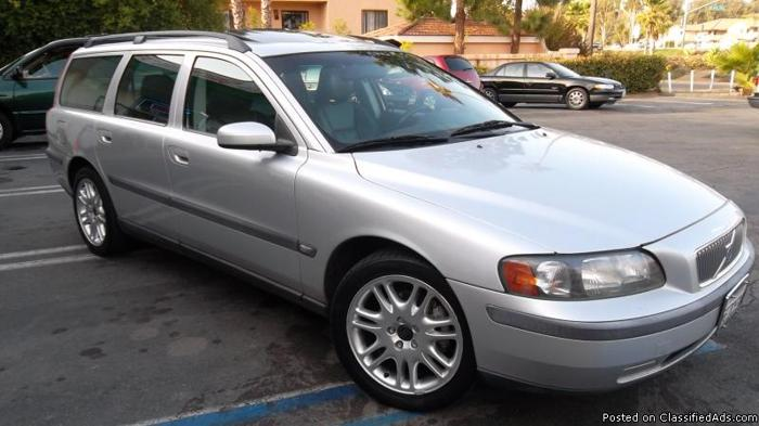 VOLVO V70**MILITARY? NO CREDIT? BAD CREDIT? WE HAVE YOU COVERED!** - Price: CALL
