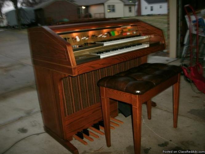 wurlitzer organ - Price: $400. obo
