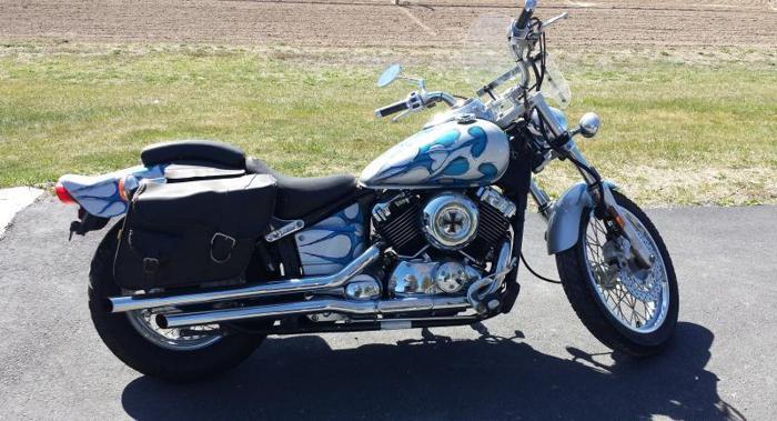 YAMAHA 2002 650 V-STAR CUSTOM MOTORCYCLE