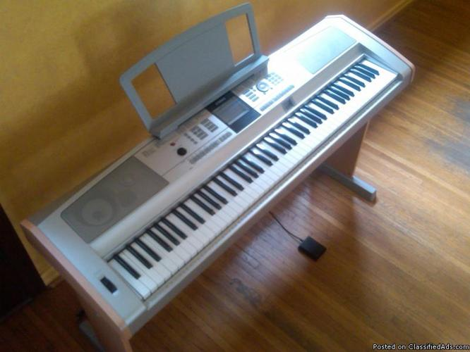 Yamaha Portable Grand DGX505 Electronic Keyboard Piano - Price: $475