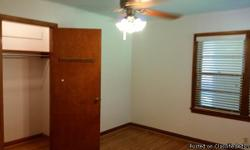 Fort Smith, AR. <10-min walk to class, <5-min to Hwy. Looking for Housemate/ ROOMMATE. Furnished home for rent with 4 bedrooms and 1 3/4 baths. Less than 10 minutes walking distance to UAFS campus. Safe and quiet neighborhood suitable for students and