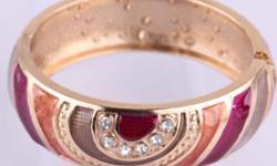 14k gold filled gaily cloisonne bracelet bangle women. Not Marked Material gold filled ( not solid gold) Bracelet diameter 60mm Bracelet hight 20mm For info call: 480-202-6064