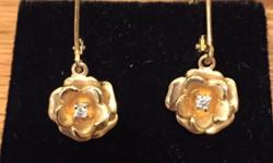 14K Yellow Gold Flower Drop Earrings with Diamond Centers. Very stunning.  Perfect condition. $85 firm