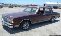 1984 CHEVY CAPRICE AC, HEATER, POWER WINDOWS, POWER LOCKS, TILT WHEEL, CRUISE CONTROL, POWER SEATS, AMFM CD STEREO, CUSTOM WHEELS, (STOCK WHEELS ARE AVAILABLE ) MILEAGE SHOWS??93509 ( IT IS A 5 DIGIT ODOMETER ) ??THIS IS A SALVAGE TITLE VEHICLE??