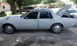 Good running 403 motor gray leather Buick road master seats electronic windows ready to sale!!!!