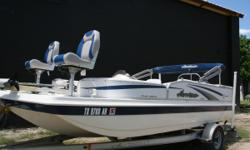 MAKE AN OFFER!!! WE PROVIDE FINANCING!!! PAYMENTS AS LOW AS $180  This boat is exceptional and ready to go fishing or just cruising the waters of Texas and beyond!! It's loaded with all the bells and whistles anyone could ask for. Options: Bimini