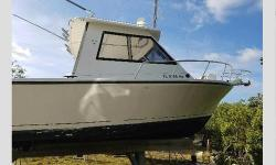 1993 Island Hopper Fish/Dive,Im selling my 30ft Island Hopper Fish/Dive boat. It's an amazing boat that has many uses with its huge rear deck. You can take it offshore and troll for dolphin or sit on your favorite hole and bottom fish. Not to mention it