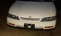 1994 Honda accord ex auto, 4 Dr. Sunroof, factory alum. Wheels. Power locks, windows. 2.2 liter v tech. 100,000 + miles, on motor bought and and installed at Milton Martin Honda of Gainesville. Am 3 rd owner. Hhave most of ?ervice record s done on car
