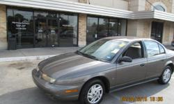 1998 Saturn 190,120 miles, JVC CD player, clean title. For more information please contact me at 8328169673. Gulf Coast used cars 5021 Harrisburg Blvd Houston, TX 77011