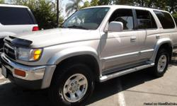 FRESH START MOTORS GUARANTEES YOUR CREDIT APPROVAL GOOD OR BAD CREDIT YOUR APPROVED. TAN INTERIOR SILVER EXTERIOR. AUTOMATIC, RUNNING BOARDS WITH MOON ROOF. GREAT CONDITION. FRESH START MOTORS IS A USED CAR DEALERSHIP, MOST OF OUR VEHICLES ARE ONE OR TWO