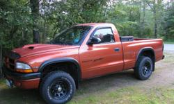 2000 dodge dakota regular cab four wheel drive v6 5 speed runs great in excellent condition it has many extras must see tel 207-562-9286