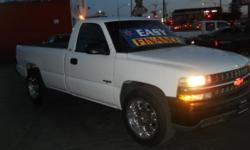 Arizona Car Company Ar4212 . Price: $4999 Mileage: 134,231 Color: WHITE BodyStyle: 2 DOOR CAB; REGULAR Stock: 278076 Trim Color: WHITE Transmission: AUTOMATIC Engine: V8, 4.8L AIR CONDITIONER, ALARM, AM/FM RADIO, ANTI-LOCK BRAKES, CD PLAYER, CHILD-SAFETY