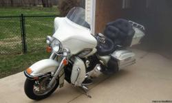 """""""2003 Ultra Classic"""" 30,600 miles Pearl White, lots of extras to many to name price negotiable right now."""