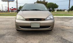 2004 FORD FOCUS AUTOMATIC FOUR CYLINDERS A/C VERY COOL CD POWER WINDOWS AND MIRRORS 125053 MILES CLEAN TITLE NO ACCIDENT NO MECHANICAL PROBLEMS GOOD TIRES FACTORY RINES $4500 HABLO ESPANOL 210-412-4975