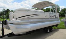 2004 23ft Pontoon Boat Godfrey - 2004 Bimini Top 115hp Yamaha EFI 4-stroke Excellent Condition, tarp and under roof protected. Beautiful Party Barge Come take a look!! Come enjoy the last days of summer!! Trailer is in