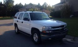 Great condition 2005 Chevy Tahoe v8 5.3l with 104600 miles. Truck is in great condition, new brakes, tires, alternator, fuel pump. Truck has an extended warranty good for 4500 miles. Cloth seats, 3 rows of seating, fog lights, roof rack, running board