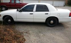 2005 crown victoria 125,000 miles clean body no rust clean inside no low ballers no trades unless equal value will send pics jon --  $4000 or best offer.