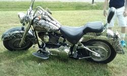 2005 harley davidson fat boy custom paint , lots of chrome , 2 sided custom paint please call with any questions -- 6,700 mi.