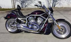 I currently have a 2005 Harley Davidson V Rod (VRSC) . This bike features a 1130cc, 60 degree, dual overhead cam, 8 valve engine that was designed in partnership with Porsche, liquid cooling, fuel injection, 5 speed transmission and belt drive.
