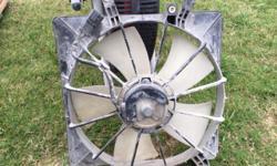 2005 Honda Original radiator fan.. Like new.