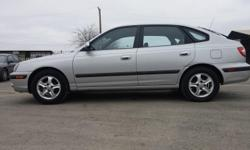 A very nice car with low mileages 117K Standard Transmission (aka MANUAL). Drives really good. Power accesories, as windows, mirrors and locks. AC heat/cold. No mechanical issues at all. Ready to drive away. Clean TX title.Mpg 25/city 30/highway.