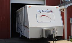Price: $4400 -- Great condition, everything works --2005 Jayco Jay Feather Sport BJ01 186 Travel Trailer-- Contact me through contact seller button for more photos and vehicle location.