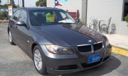 2006 BMW 325i SEDAN.GRAY WITH BLACK LEATHER INTERIOR , 97,665 MILES 6 CYL ENGINE , CLEAN CARFAX AVILABLE! AUTOMATIC TRANSMISSION, MORE CLEAN INVENTORY AVILABLE AT SAAUTO.NET OR CALL 210-804-0003 ASK FOR MIKE OR STEVE.