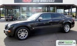 Boasting exemplary craftsmanship, this 2006 Chrysler 300 will envelope you in well- engineered charm and security. With a Gas V8 5.7L/345 engine powering this Automatic transmission, you'll delight in the astounding ease with which you command the
