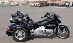 2006 Honda GL1800 Goldwing Trike Black P11988. More info: guldpolo22@live.com