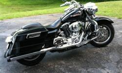 I am selling my 2006 harley davidson road king,it is in excellent condition always babied 18,000 miles not much is stock here way too much money invested to even put a price in this post.A quick rundown, chrome, chrome,and more chrome,rinehart true duals