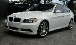 Look out! Here's a lil' monster! 2007 BMW 328i! This Bright White baby is immaculate! ! Man, these are a blast to drive! Priced @ $10999! C'mon ... get on the horn !