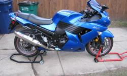 2007 KAWASAKI ZX 1400 ******I would trade for a decent car******* Power Commander Yoshimura exhaust Tinted windscreen Neon kit.........the bike has 20,000 meticulously maintained miles with only Mobil 1 oil Bike is %100 -- Never any problems--Excellent