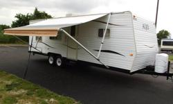 Price: $4800 -- Great condition, everything works --2007 SKYLINE ALJO 24FT TRAVEL TRAILER-- Contact me through contact seller button for more photos and vehicle location.