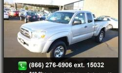 Tires - Rear On/Off Road, A/C, 4 Cylinder Engine, 4X4, 5-Spd, Abs (4-Wheel), Privacy Glass, Am/Fm Stereo, Bucket Seats, Gasoline Fuel, 4Wd, Driver Vanity Mirror, Passenger Vanity Mirror, Tires - Front On/Off Road, Trailer Hitch, Auxiliary Pwr Outlet,