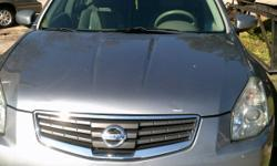 Fullyl loaded good on gas leather seats power windows and power seats. This is a good car