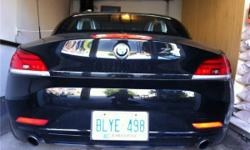 2009 BMW Z4 35i S-Drive: I'M SELLING MY 09 Z4 35i S-DRIVE, 6-SPEED MANUAL, ALREADY E-TESTED & CERTIFIED. IT'S GOT 19700KM ON IT AND IS PRACTICALLY NEW. I LOVE THIS CAR BUT IT IS NOT PRACTICAL IN MY LIFE AS I REQUIRE MORE SEATING, YOU CAN BUY IT OUTRIGHT